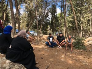 Building bridges in Palestina: strenghtening identity